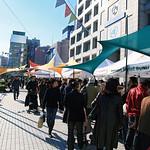 マルシェ、市場、都市型直売所の写真