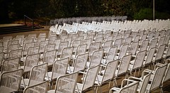 (farmspeedracer) Tags: chair stage park outside furniture mai mayo may 2018 white spring