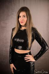 Caro (SdeGat) Tags: caroracine model modèle femme woman pretty jolie gatineau quebec canada portrait alone adult beauty beaute casual lookingatcamera studio
