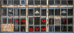 SAN OI T GYM (NoJuan) Tags: window itsasign sign neglected microfourthirds micro43 mirrorless olympuspenf 35100mm panasonic35100 magnusonpark seattlewa washingtonstate