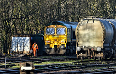 Tidying Up (whosoever2) Tags: uk united kingdom gb great britain england nikon d7100 train railway railroad january 2019 freightliner class66 66605 earles sidings hope hopevalley cement 6e08