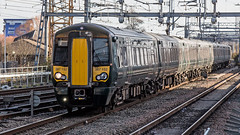 387152 (JOHN BRACE) Tags: 2016 bombardier derby built class 387 electrostar emu 387152 seen reading station gwr livery