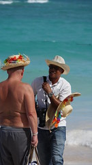 2015-12-13_11-43-04_ILCE-6000_DSC09791 (Miguel Discart (Photos Vrac)) Tags: 2015 300mm bavaro beach candidportrait candide candideportrait dominicanrepublic e18200mmf3563ossle focallength300mm focallengthin35mmformat300mm fotografa holiday homme ilce6000 iso100 landscape man men messieurs monsieur photographer plage republiquedominicaine shooter shootershoot sony sonyilce6000 sonyilce6000e18200mmf3563ossle travel vacances voyage
