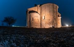 Pieve di San Genesio (claudioesposito17) Tags: notte nikon tamron buio pieve romanica parma chiesa cielo albero edificio erba