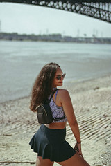St. Louis (TheJennire) Tags: photography fotografia foto photo canon camera camara colours colores cores light luz young tumblr indie teen adolescentcontent stlouis missouri usa eua unitedstates summer 2018 50mm people portrait lake ootd outfit teenmodel