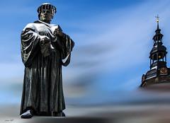 Luther friert (tineArt) Tags: martin luther lutherstadt eisleben sachsen anhalt winter painting kreativ