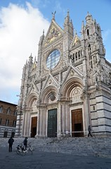 Bikes and Siena Cathedral, exterior, Italy (Tatiana12) Tags: siena italy sienacathedral duomo architecture unescoworldheritagesite church art