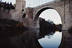 (Kristen Leary) Tags: toledo madrid spain españa europe europetravel landmark landscape nikon nikond3300 nikonphotography landscapephotography spainphotography elpalacioreal royalpalace vsco vscoedit travel adventure explore seetheworld traveltheworld placestovisit reflection water river bridge