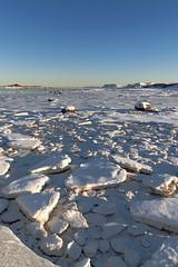 Au-delà du cercle polaire, 2012 / Beyond the polar circle, 2012 (Joseff_K) Tags: nikon nikond80 d80 audeladucerclepolaire beyondthepolarcircle tamron1750mmf28 norvege norway norge noreg kongeriketnoreg kongerketnorge coast neige snow