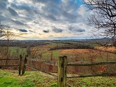 Baker Bluff Overlook (TnOlyShooter) Tags: bakerbluff overlook natcheztraceparkway sunrise farm em1markii 918mm mirrorless olympus