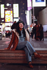NYC, 2018 (TheJennire) Tags: photography fotografia foto photo canon camera camara colours colores cores light luz young tumblr indie teen adolescentcontent 50mm nyc newyork ny usa eua unitedstates winter cold night citylights timessquare people smile fashion ootd outfit beret