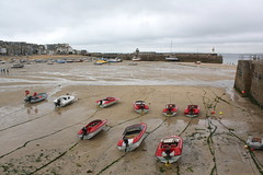 St Ives: Hafen bei Niedrigwasser (Helgoland01) Tags: cornwall england uk stives hafen harbor port atlantik atlantic boot boat