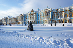 Sunny frosty day. Catherine Palace. (fedoseenko) Tags: санктпетербург россия красота colour природа beauty blissful loveliness beautiful saintpetersburg sunny art shine dazzling light russia day park peace blue white голубой небо лазурный color sky pretty sun пейзаж landscape clouds view heaven mood serene golden gold colours picture road tree nature alley history trees tsar walkway field outdoors old d800 wood cupola path building architecture domes town winter snow cloud снег тропинка облака архитектура дворец здание freeze frost frosty catherinepalace catherinepark 24120mmf3556d
