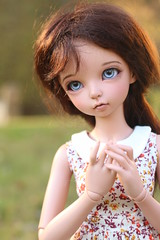 Glowing (AluminumDryad) Tags: fairyland minifee mnf moeline ante tanskin msd abjd balljointeddoll doll resin goldenhour
