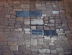 Bari, Puglia, 2019 (biotar58) Tags: bari puglia italia apulien italien apulia italy southernitaly southitaly streetphotography chianche industar61 52mm28 barivecchia oldtown