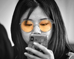 focused (gro57074@bigpond.net.au) Tags: focused f28 nikkor 70200mmf28 d850 nikon 2019 april specs spectacles eyes candidportrait portrait candid guyclift cellphone mobilephone spotcolour spotcolor selectivecolour colour selective selectivecolor glasses woman