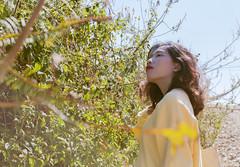 Shiny girl (seokanghoo) Tags: sweater summer girl shining yellow vietnamese dalat silhouette
