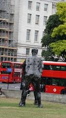 2016-09-06_16-09-37_ILCE-6300_DSC08081 (Miguel Discart (Photos Vrac)) Tags: 160mm 2016 angleterre citytrip citytrips e18200mmf3563oss england focallength160mm focallengthin35mmformat160mm grandebretagne ilce6300 iso640 london londres meteo royaumeuni sony sonyilce6300 sonyilce6300e18200mmf3563oss statue uk unitedkingdom vacance voyage weather