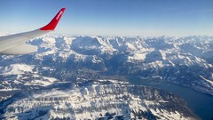 Brienzersee Eiger Mönch Jungfrau Swiss Alps Switzerland 2019 (roli_b) Tags: aerial view panoramic panorama vista sicht window seat helvetic airways from above brienzersee brienz eiger mönch jungfrau region lake lago snow topped mountains berge swiss switzerland schweiz suisse suiza sivzzera berner oberland bernese landscape landschaft nature 2019 schnee bedeckt winter