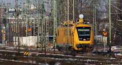 Catenary maintenance vehicle (Schwanzus_Longus) Tags: bremen german germany modern railway railroad deutsche bahn diesel railcar catenary overhead wire maintenance vehicle baureihe class br 711 br711