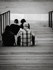 2019-04-06-192159_bw (Schmidtze) Tags: architektur berlin berlinfriedrichshainkreuzberg blackandwhite detail einfarbig kreuzberg schwarzweis stadt stair staircase treppe menschenleer deutschland