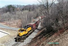 NYSW 1800                    4-95 (C E Turley) Tags: trains railroads railways nysw susquehanna gp18