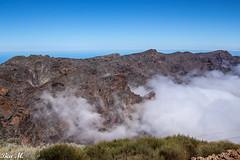 Wolkenspiele (trixi.mi) Tags: clouds wolken berge wandern hiking sonne outdoor unterwegs los muchachos