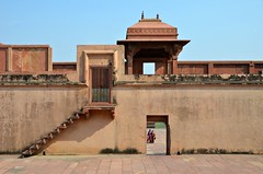 Beyond the Frame (Pedestrian Photographer) Tags: fatehpur sikri women kid child walking approaching door doorway frame framing fahtepur fort ancient architecture outside stairs opening india indian