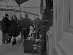 grand central station, 9 years ago. (Manhattan Girl) Tags: shellykayphotography nyc manhattan grandcentralstation people nyclife citylifephotography streetphotography monochromatic