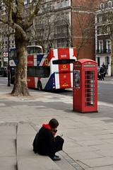Kinghtsbridge (haiku-do.photography) Tags: streetphoto streetphotography streetphotographer london londonstreetphotography nikon streetpeople