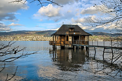 Boathouse on Lake Zurich (Bephep2010) Tags: 2018 7markiii alpha au auzh bootshaus herbst ilce7m3 lakezurich sel1635z schweiz see sony switzerland zurich zürich zürichsee autumn boathouse fall lake ⍺7iii kantonzürich ch