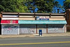 Linda Nails, Hartford, CT (Robby Virus) Tags: hartford connecticut ct linda nails salon closed business sign signage