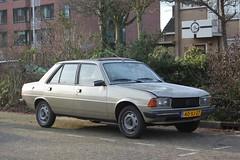 Peugeot 305 GR 1978 (40-XJ-27) (MilanWH) Tags: peugeot 305 gr 1978 40xj27