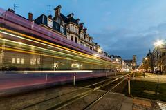 Straßenbahn in Reims (Bernhard Schlor) Tags: nacht france country europa bynight nachtaufnahme nightshot europe reims grandest marne frankreich républiquefrançaise