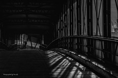 Hamburg - Überseebrücke - Lichteinfall (Pana53) Tags: photographedbypana53 pana53 hamburg überseebrücke hafen hauptstadt bundesland elbe brücke lichteinfall lichtschatten schwarzweisfotografie