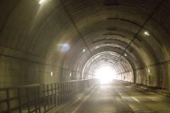 Tunnel (Jonathan Teapot) Tags: canon5dmkiii canon70200f4l f4lcanon40mmf28stm hokkaido teine kokusai hirafu annupuri japan splitboard altus gooseberry