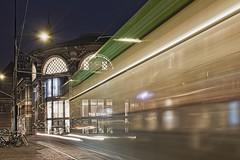 De Koektrommel (MartinGJ56) Tags: gebouw winkel tram avond nachtfotografie avondfotografie denhaag zuidholland nederland on1raw