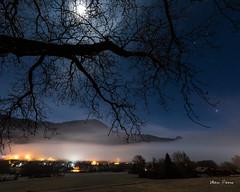 Stratus nocturne en Gavot (MarKus Fotos) Tags: gavot saintpaulenchablais chablais canon clouds ciel nuages nature nightscape night nocturne nuit nuage hautesavoie hiver brume brouillard bernex stratus stars mer moon moonlight lune