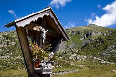 (piper969) Tags: montagna mountain alpi alps valleaurina devozione cappella religion religione offerta