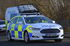 FX67 CLU (S11 AUN) Tags: cleveland police ford mondeo zetec estate dog section policedogs dsu dogsupportunit incident response 999 emergency vehicle fx67clu