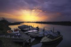 Gift serenty (Maurizio Fecchio) Tags: sunrise sun morning haida haidafilters haidafiltersitalia nikon boats sky water seascape reflections clo nopeople nature