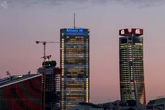 Torre Isozaki e Torre Hadid. Milano (diegoavanzi) Tags: milano milan italia italy lombardia lombardy grattacieli skyscrapers towers canon eos7d portello fiera citylife torre isozaki hadid