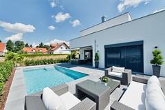 Pool-Konzept gehört zur TOP 10 des bsw-Awards 2018 in der Kategorie Private Badelandschaft im Freien - Standard. (Bundesverband Schwimmbad & Wellness) Tags: bswaward bundesverband schwimmbad wellness top 10 schwimmbäder pool pools