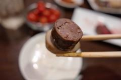 king oyster mushroom and beef sausage (HAMACHI!) Tags: tokyo 2019 japan food foodporn foodie foodmacro meat beef 肉山 nikuyama kichijoji restaurant diningrestaurant lumix lumixdclx100m2 dclx100m2