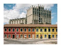 Barreiro, Portugal (Sr. Cordeiro) Tags: barreiro portugal margemsul industrial casas houses abandono abandoned abandonadas devoluto fábrica factory panasonic lumix gx80 gx85 14140mm