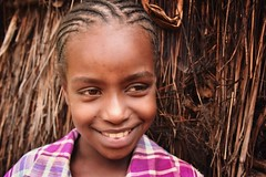 Wollayta Girl (Rod Waddington) Tags: africa african afrique afrika äthiopien ethiopia ethiopian ethnic ethnicity etiopia ethiopie etiopian wollaita wolayta wollayta tribe traditional tribal culture cultural child girl hut house home outdoor candid portrait people
