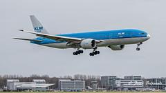 PH-BQN  Boeing 777-200 - KLM Royal Dutch Airlines (Peter Beljaards) Tags: msn32720 ge90 nikon70300mmf4556 schiphol aircraft airplane aviation eham final landing phbqn nikon nikond5500 nahanninationalpark klm flyingdutchman 777 boeing777200 boeing777 b777 airport amsterdam netherlands dutch ams inbound