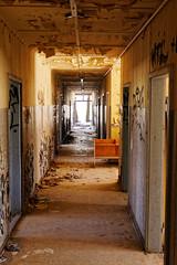 Licht am Ende... (birk.noack) Tags: verfallenzerstörtaltmüllvermülltvergessengangflurlichtdilapidateddestroyedoldrubbishgarbageforgottenlostplaceslightcorridor verfallen zerstört alt müll vermüllt vergessen gang flur licht dilapidated destroyed old rubbish garbage forgotten lostplaces light corridor