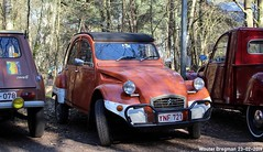 Citroën 2CV (XBXG) Tags: ynf721 citroën 2cv citroën2cv 2pk eend geit deuche deudeuche 2cv6 winterhoesmeeting 2019 huppel lupinestraat hechteleksel hechtel eksel limburg vlaanderen belgië belgique belgium vintage old classic french car auto automobile voiture ancienne française france vehicle outdoor