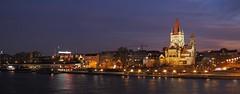 an der Donau (Elisabeth patchwork) Tags: franzvonassisikirche danube donau vienna wien austria river night skyline sundaylights